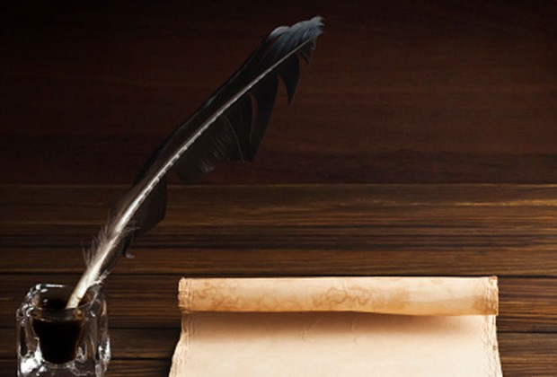 Old fashioned pen and scroll: Thinkstock