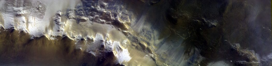The ExoMars Colour and Stereo Surface Imaging System, CaSSIS, captured this view of the rim of Korolev crater. Credits: ESA/Roscosmos/CaSSIS