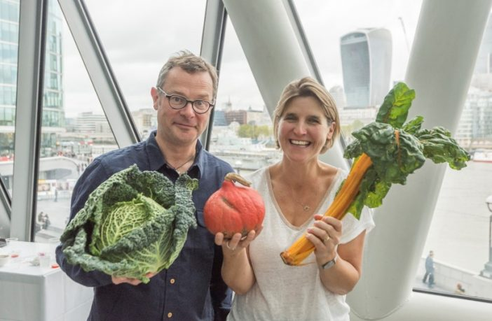Britain's Fat Fight with Hugh Fearnley-Whittingstall - Hugh and Anna Taylor holding vegetables