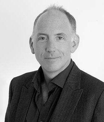 CEO of FutureLearn, Simon Nelson