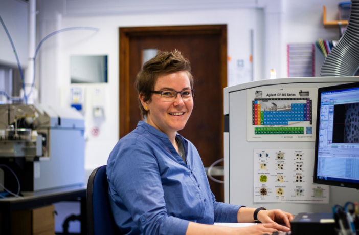 Barbara in LA-ICP-MS lab at The Open University. ©Stacy Phillips